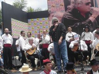 CONCIERTO NO AL CIERRE DEL CENTRO TERRITORIAL DE TVE EN CANARIAS. LOS SABANDEÑOS CON CANDELARIA GONZÁLEZ, BENITO CABRERA, BRAULIO Y CACO SENANTE.. ETC