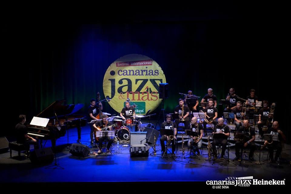 Comienza Fimucité en Los Cristianos con la Big Band de Canarias y Alba Serrano