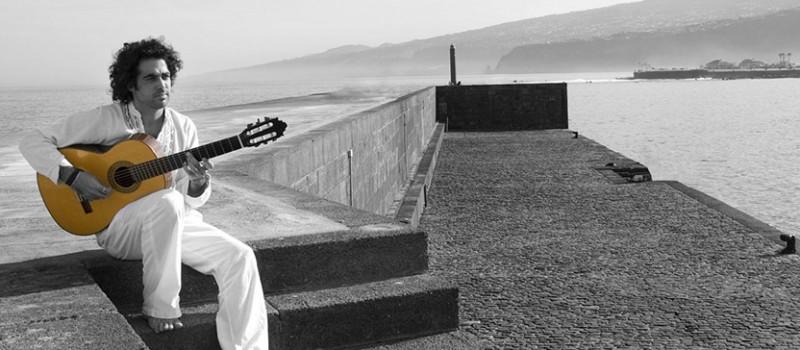 David Minguillón presentará en Cajacanarias 'Puerto del mar'
