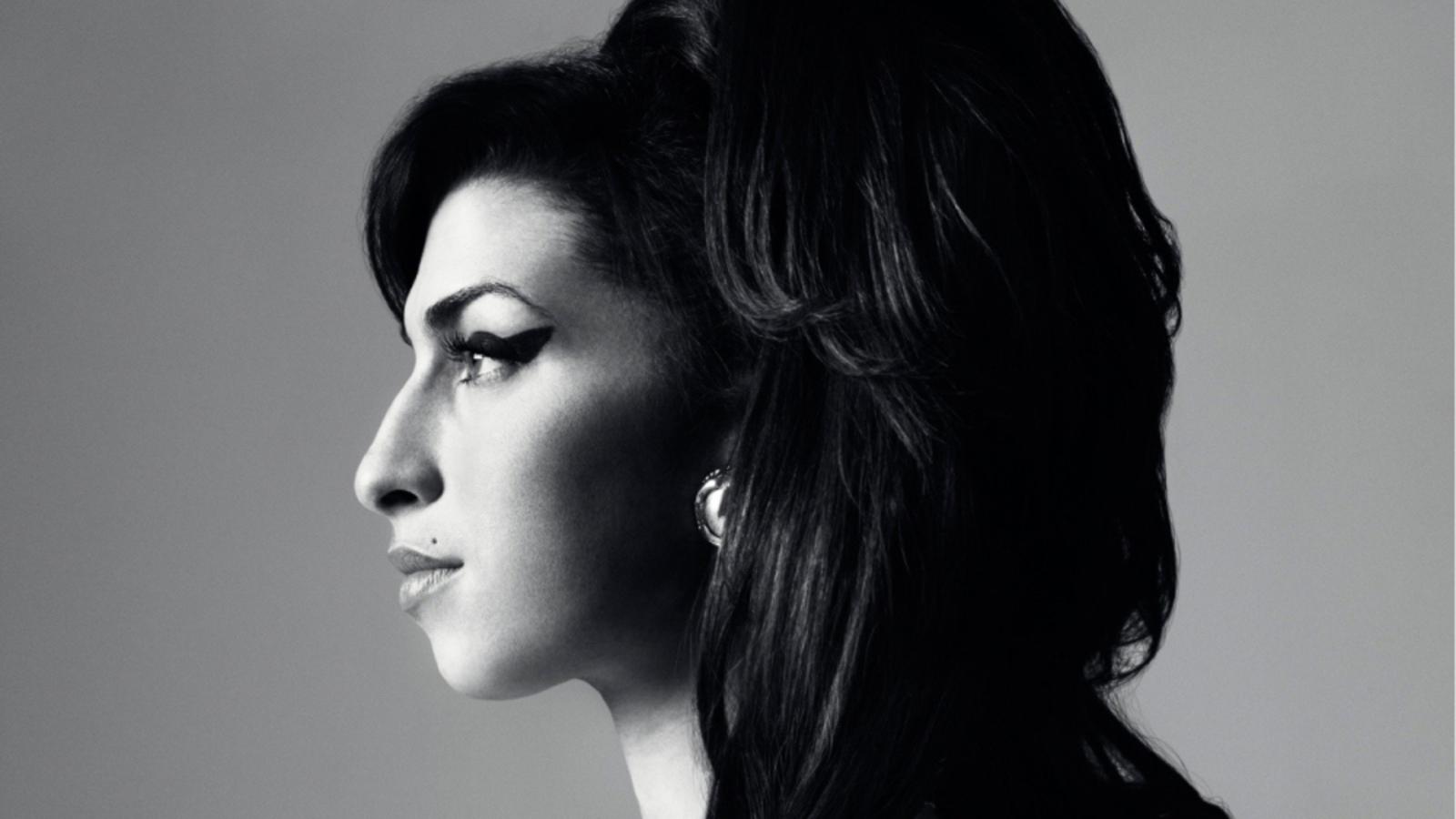 'Forever Amy', nuevo recuerdo a Winehouse en Magma (Adeje)