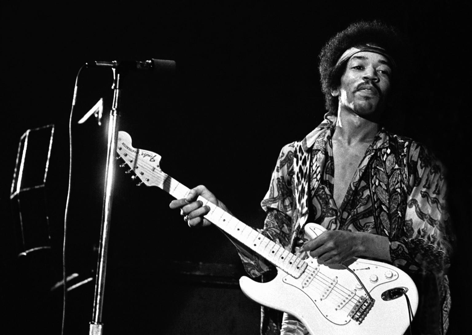 74 años del nacimiento de Jimi Hendrix