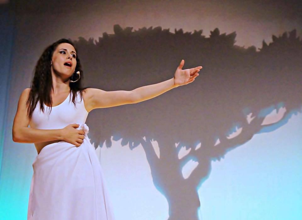 Publicado el video 'Sikame, El alma de oro', avance del nuevo disco de Lara Bello