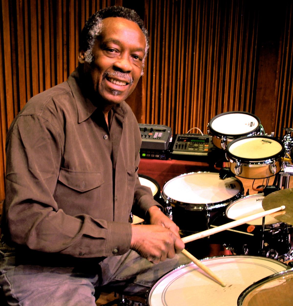 Muere Clyde Stubblefield, el batería de James Brown