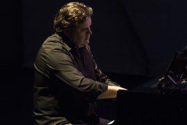 Samuel Labrador piano