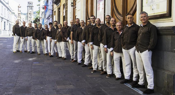 Atlantes llevan su propuesta de folklore al Teatro Príncipe Felipe de Tegueste