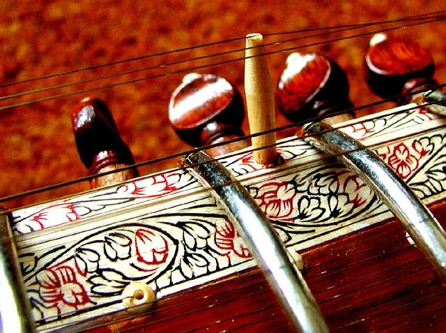 Concierto de tabla y de sitar en el Museo de la Naturaleza y el Hombre