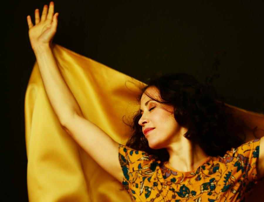 Lara Bello lleva Sikame a Barcelona