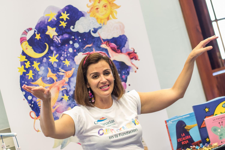 Isabel Bolívar presenta sus cuentos