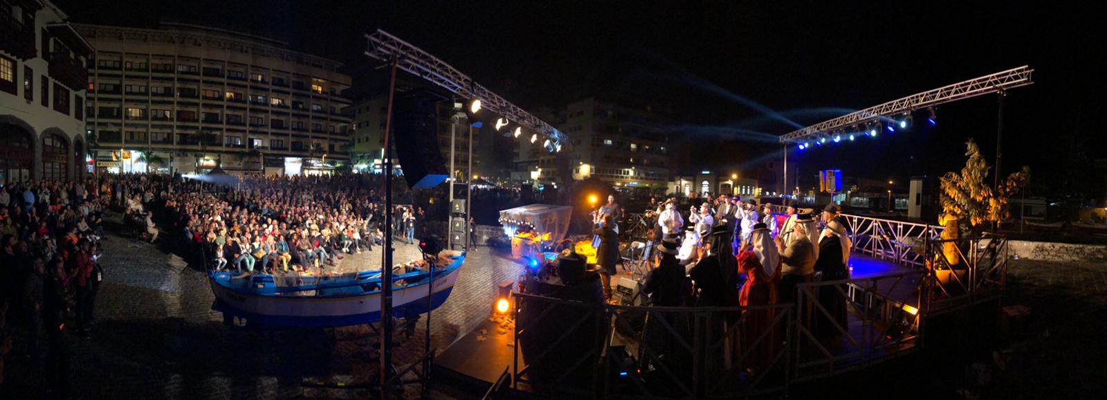 Puerto de la Cruz recupera con éxito la tradición de San Andrés con música en directo