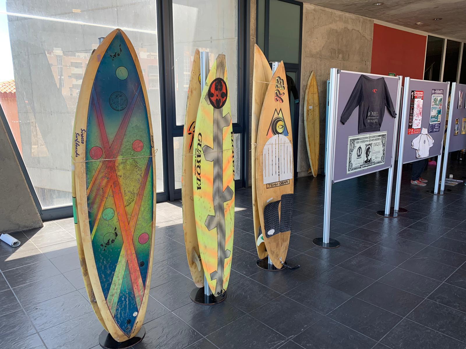 Expo surf Canarias lleva la esencia del deporte del mar al espacio juvenil Zona Joven de Candelaria