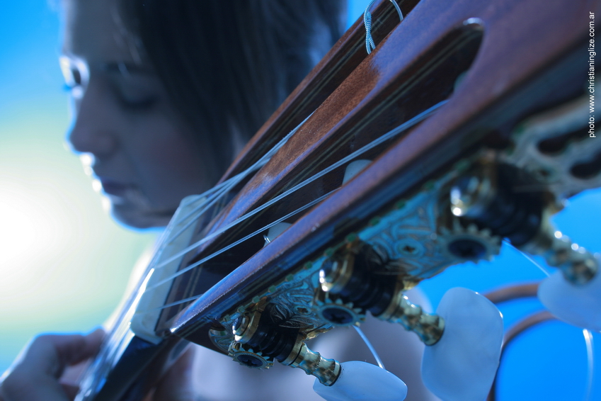 La Guitarra en el Tango de Mirta Álvarez, nueva una masterclass de Mousikê