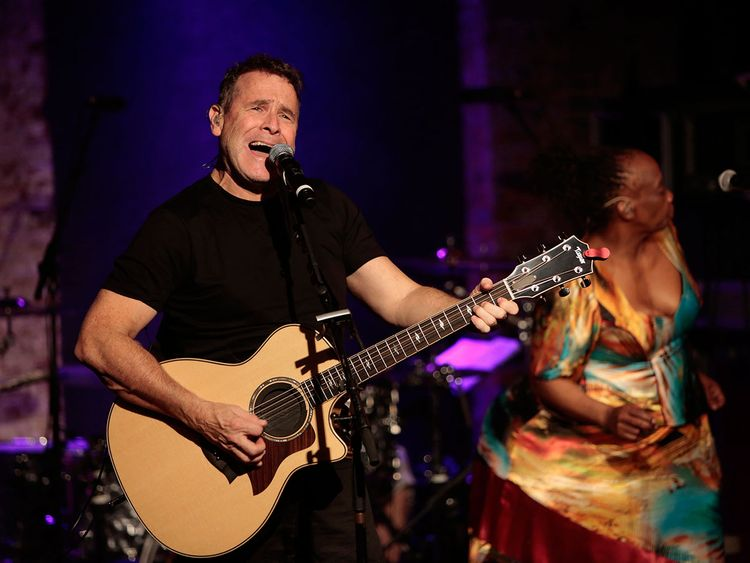 Fallece el cantautor Johnny Clegg