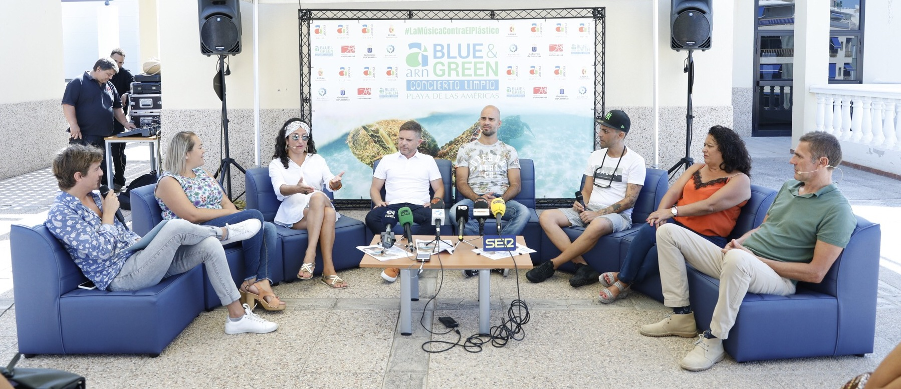 Bebe, Don Patricio, Efecto Pasillo y Ruts & La Isla Music en Arona Blue & Green