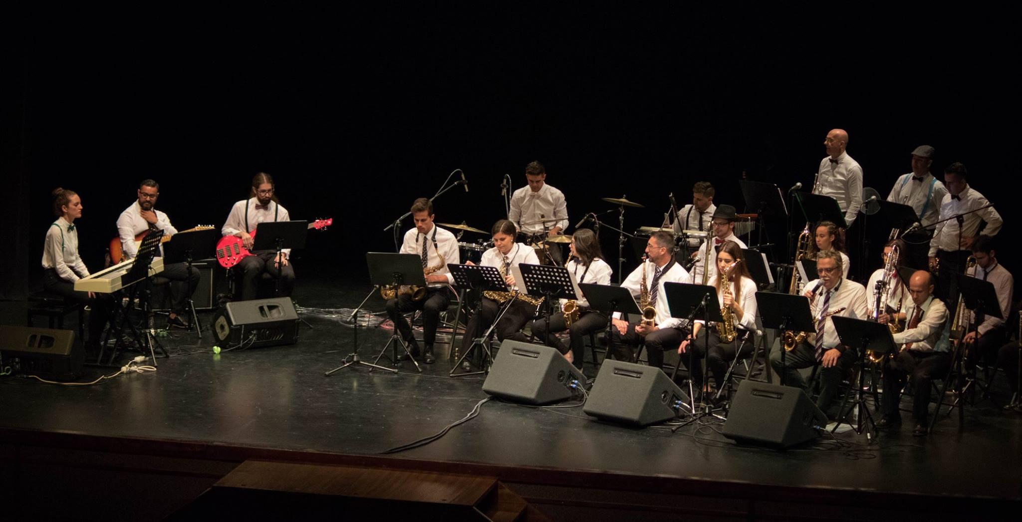 Tránsito, de la Oscuridad a la Luz de la Big Band Jazz Tamos