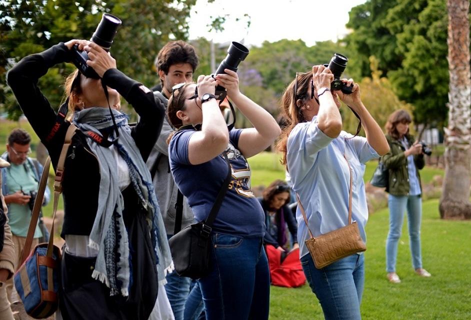 Oliver Yanes ofrece un curso de fotografía en el MUNA