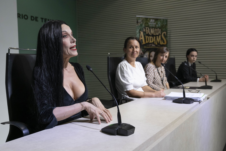 La Familia Addams visita el Auditorio de Tenerife estas navidades