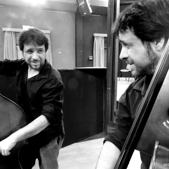 Podcast: Piano, contrabajo y algún pedazo de Brasil