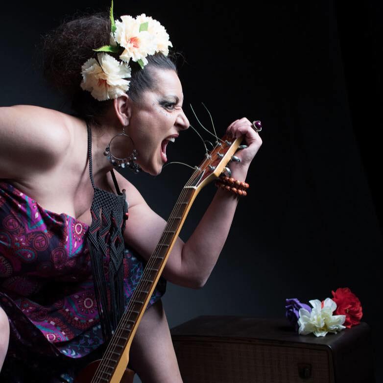 Natalia Machín actúa en el ciclo Noches de Bolero y Más