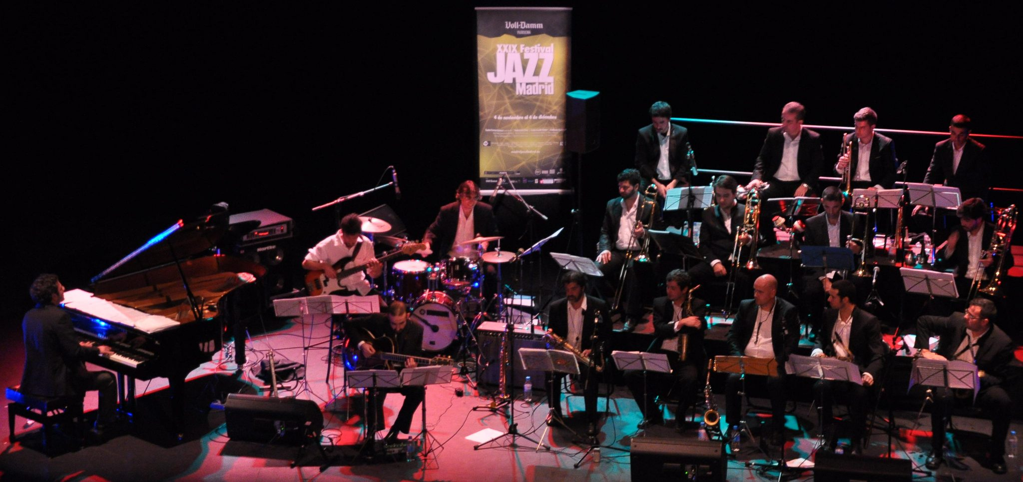 Gerardo Nuñez con la Big Band de Canarias en el Leal
