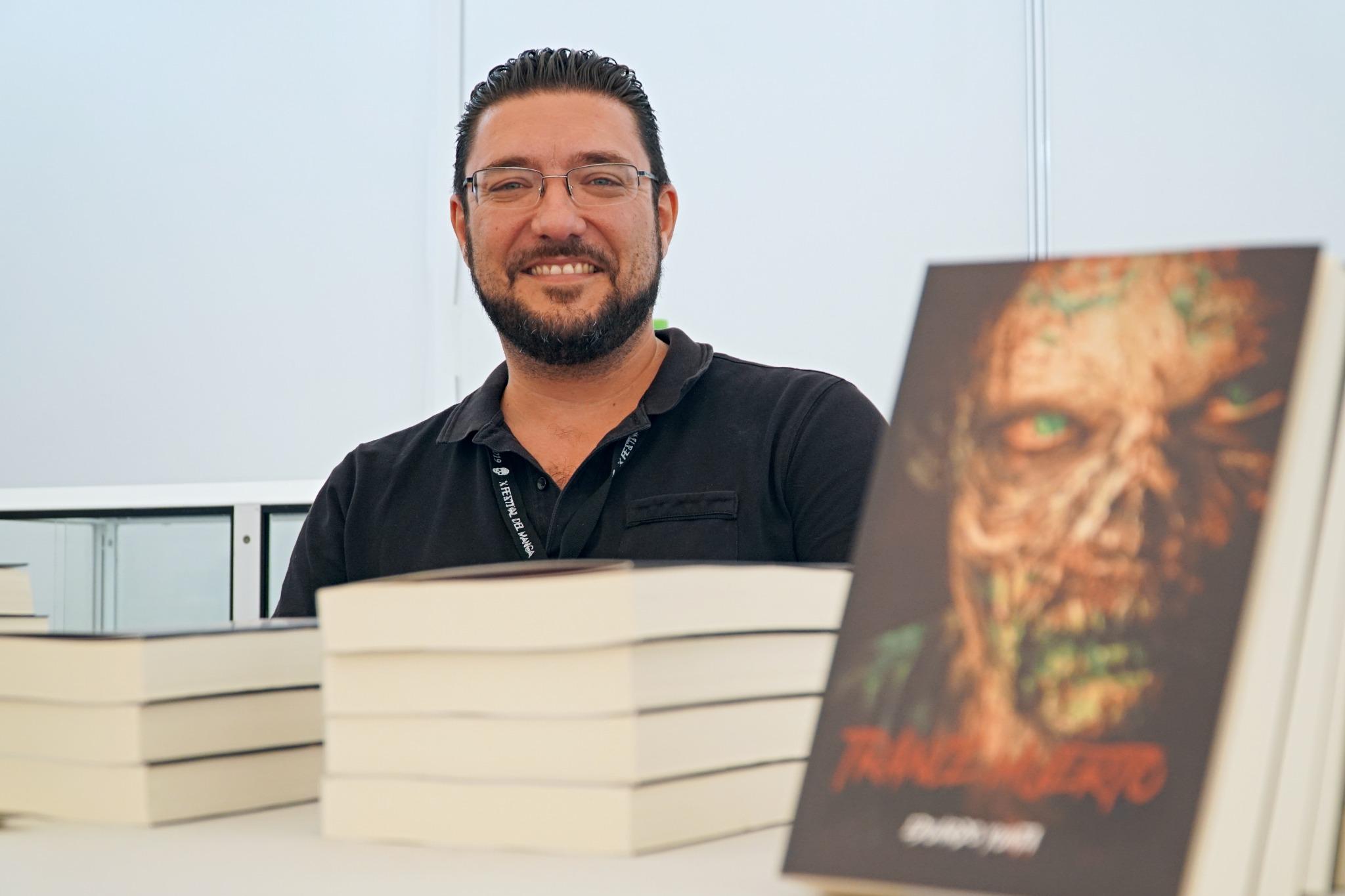 Eduardo Yunta presenta su debut en la novela de terror, 'Trance Muerto'