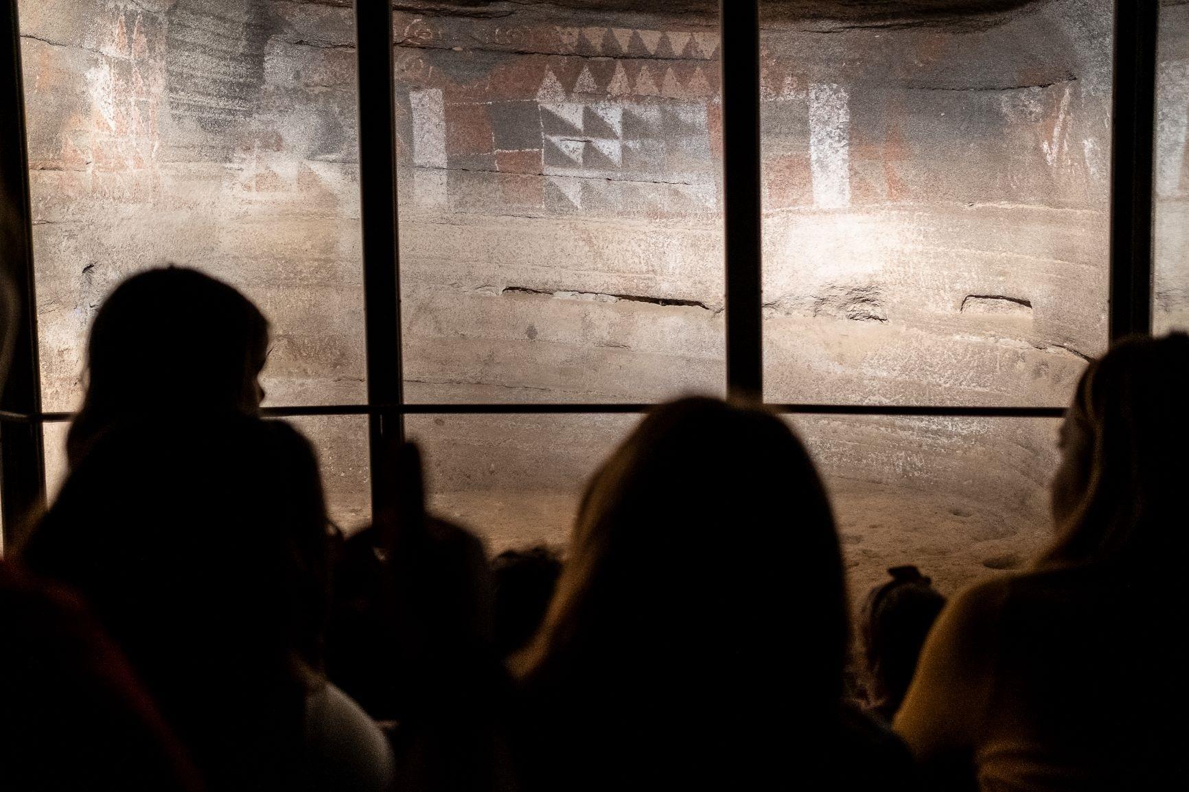 La Cueva Pintada propone detenerse en el patrimonio prehispánico y colonial