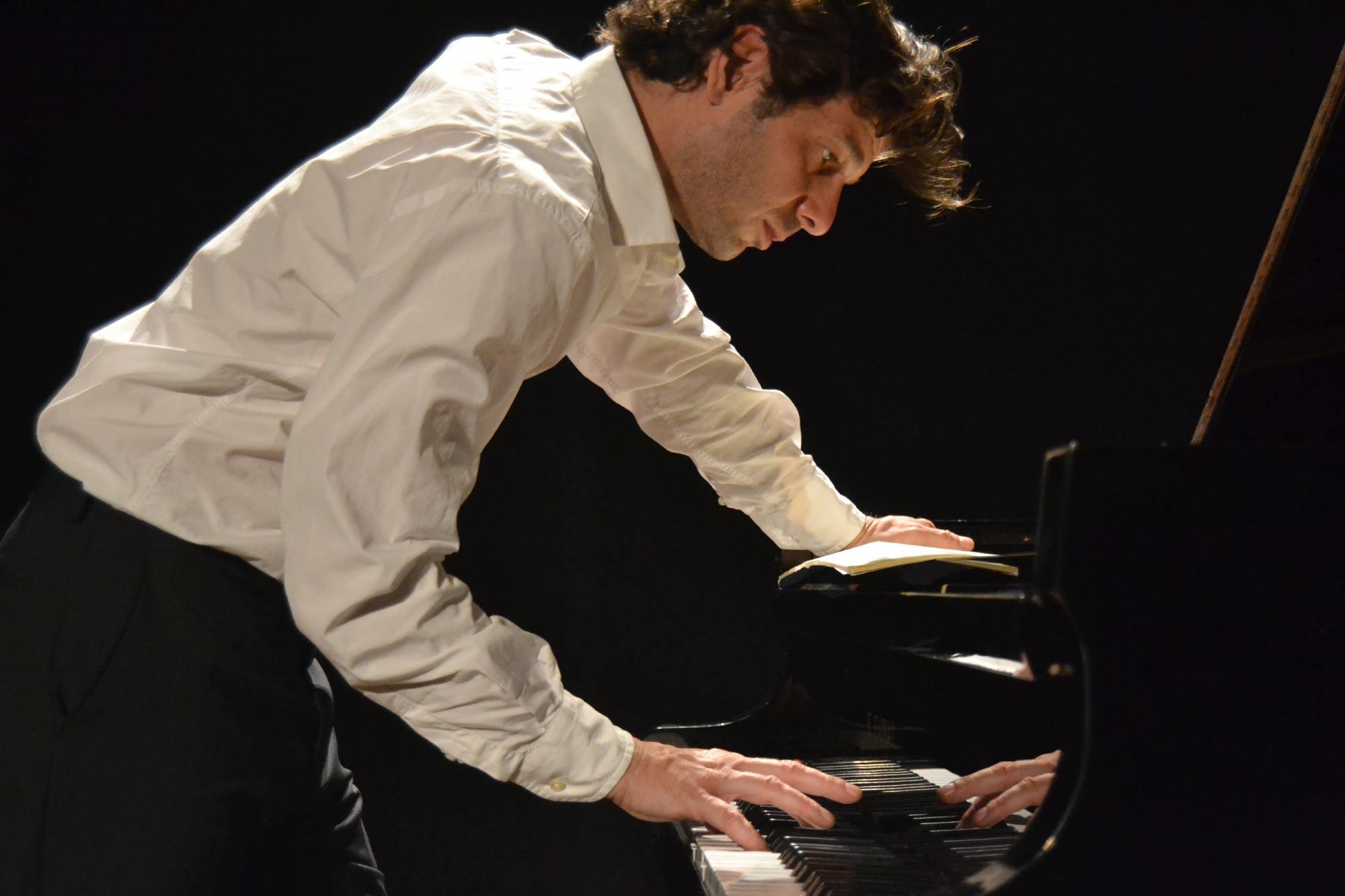 El pianista Javier Laso protagoniza el concierto Pianísimo este domingo en el Auditorio de Tenerife