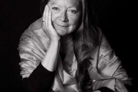 La escritora Elsa López