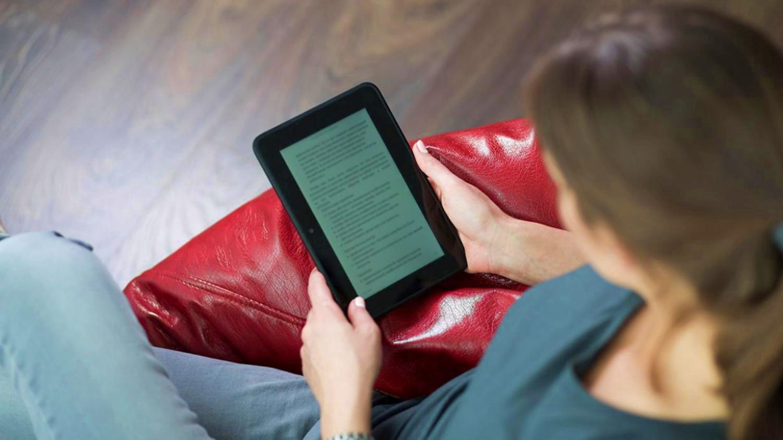 Libros y películas para mitigar el peso de los días