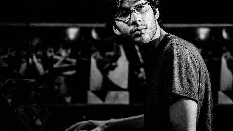 El pianista venezolano Gabriel Chakarji lanza New Beginning, su debut