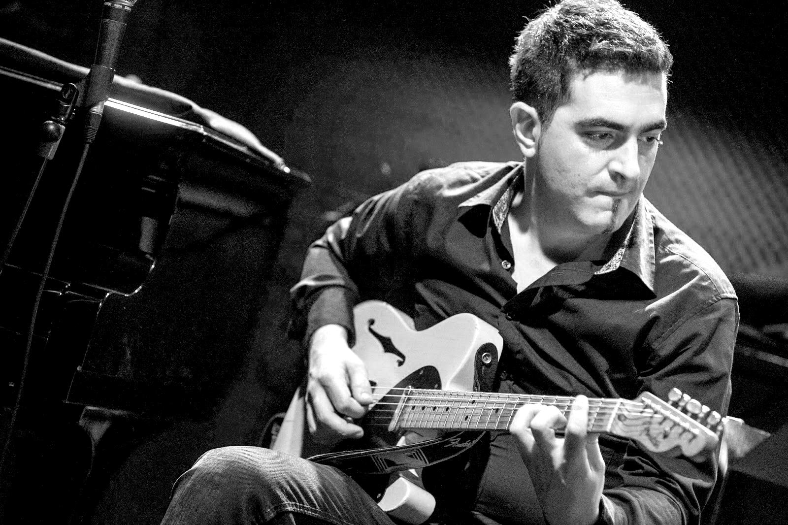 Mousikê propone 3 Masterclasses de guitarra con Marcos Collado online