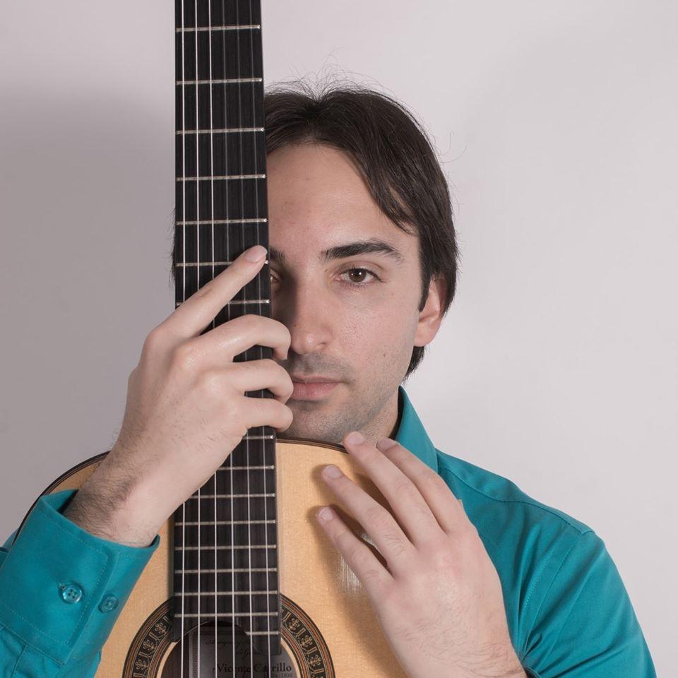 El guitarrista Luis Alejandro García traza un recorrido por el repertorio español e hispanoamericano