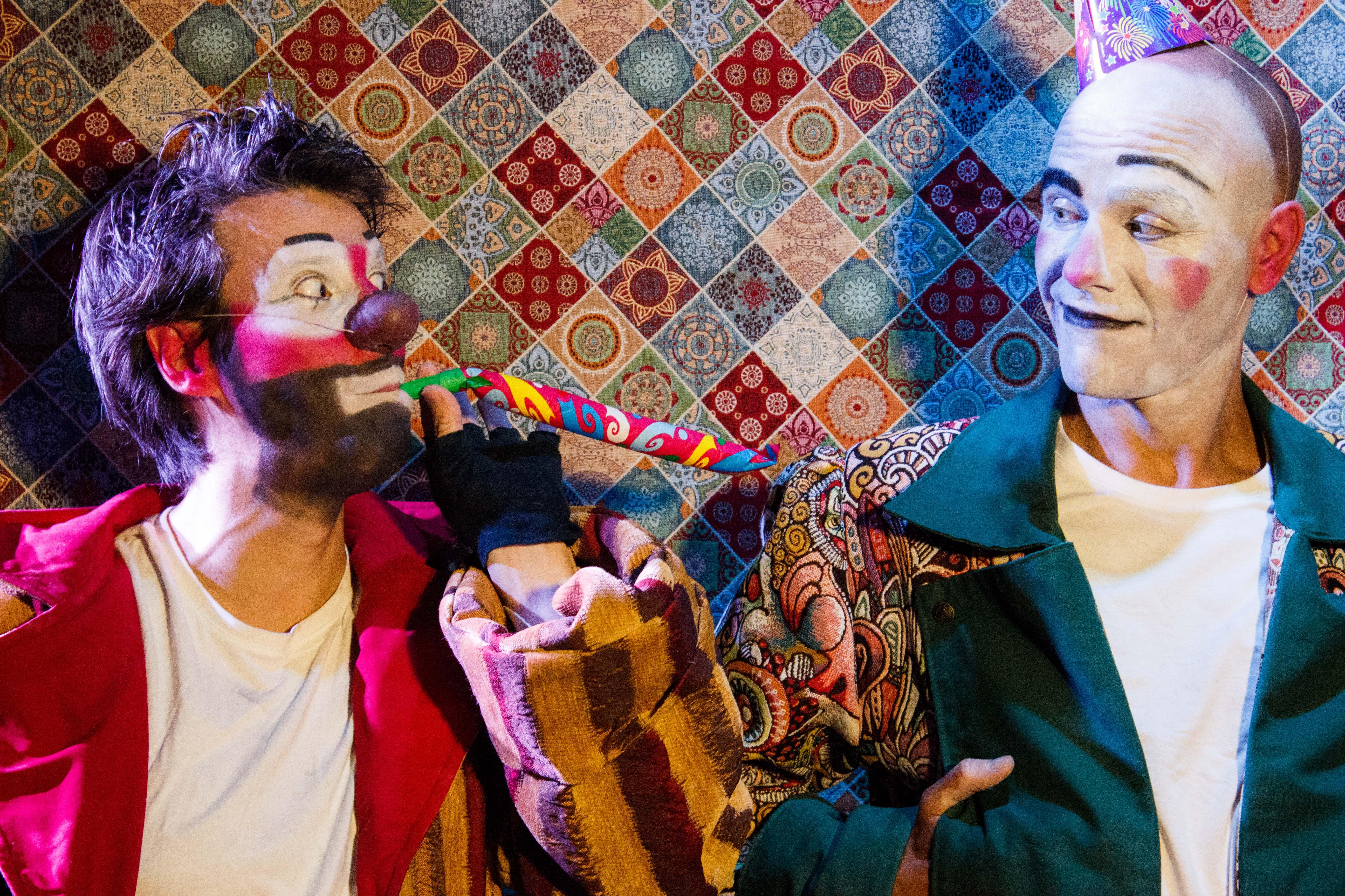 Clownbaret comienza su gira nacional en el Festival Circ&Co