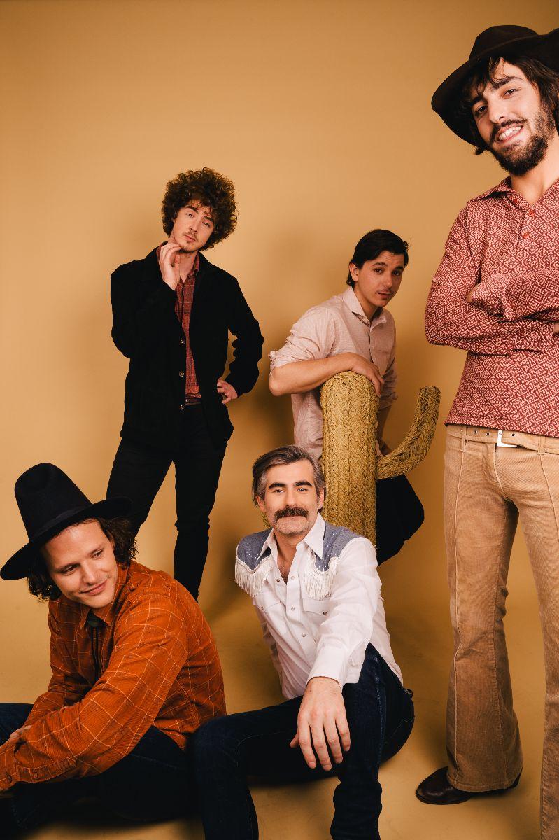 Aaron Rux & The Crying Cowboys presentan su nuevo disco en una gira con ayudas de Girando Por Salas