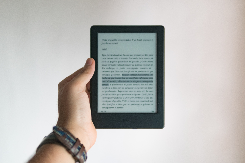 Cultura del Gobierno promueve la edición de libros en formato eBook