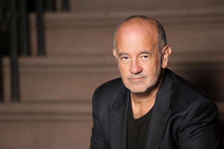 El ganador del grammy Emilio Solla visita Canarias