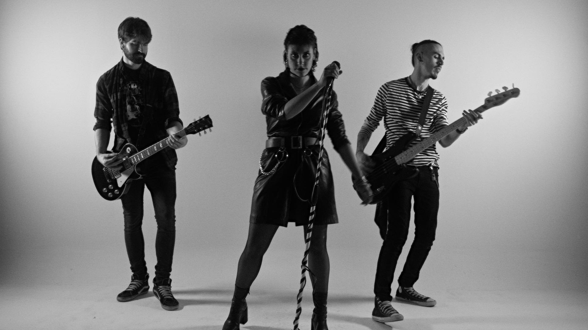 Ego es el nuevo single de la banda madrileña de hard-rock Curly Man